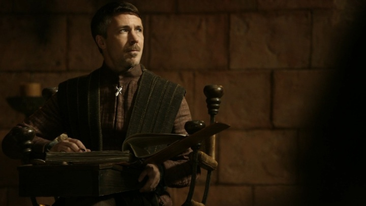 Petyr-Baelish-game-of-thrones-22291320-1013-572